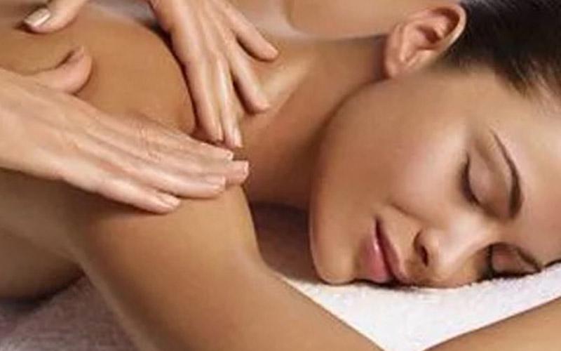 massage-goldfinger-cote-azur-massage-signature