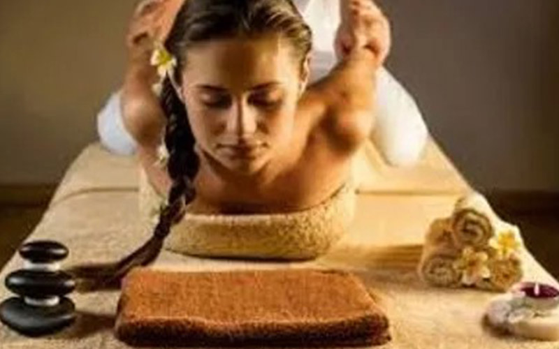 massage-goldfinger-cote-azur-massage-thailandais