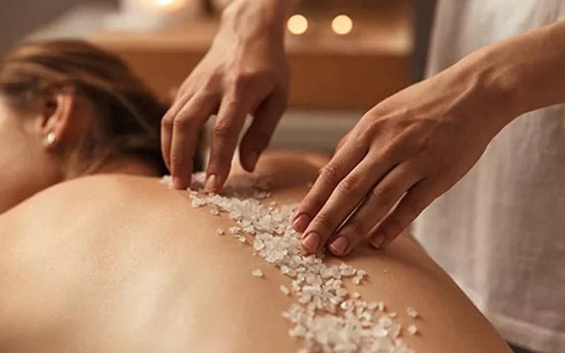 massage-goldfinger-cote-azur-soins-beaute-gommage-corporel