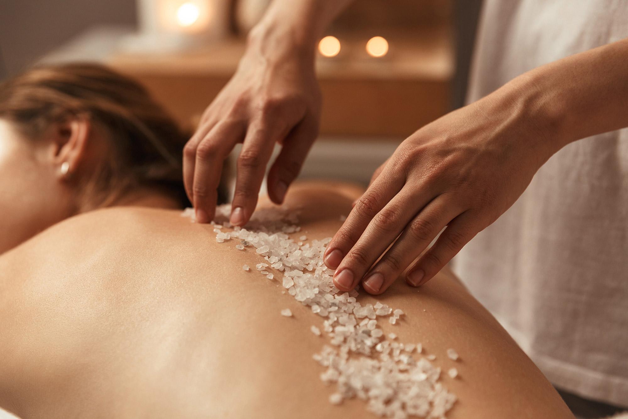 massage-goldfinger-soins-beaute-a-domicile-cote-d-azur